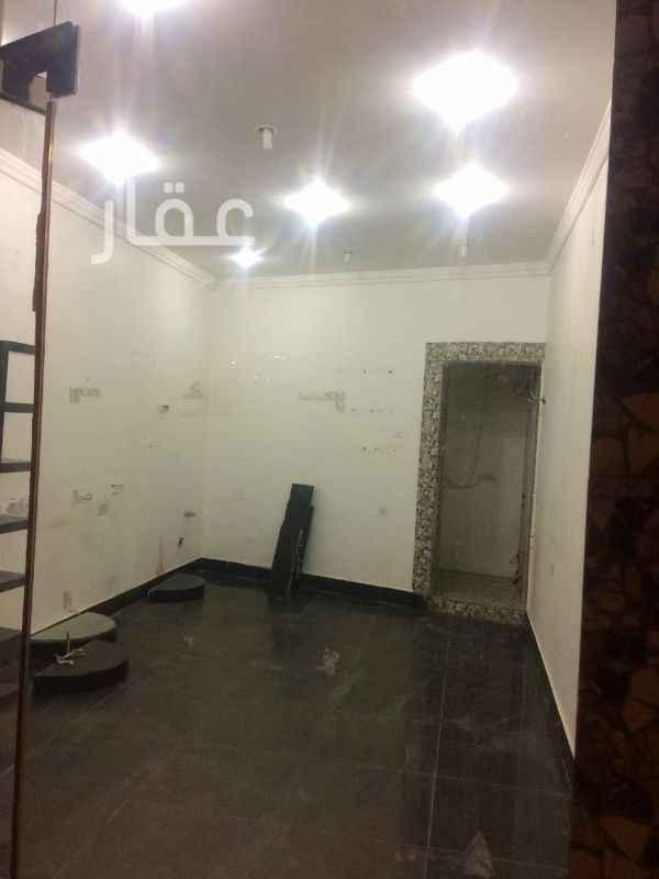 محل للبيع فى شارع عبدالله الفرج ، السالمية 21