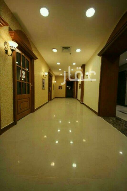 محل للإيجار فى شارع 84 ، حي الفيحاء ، مدينة الكويت 0