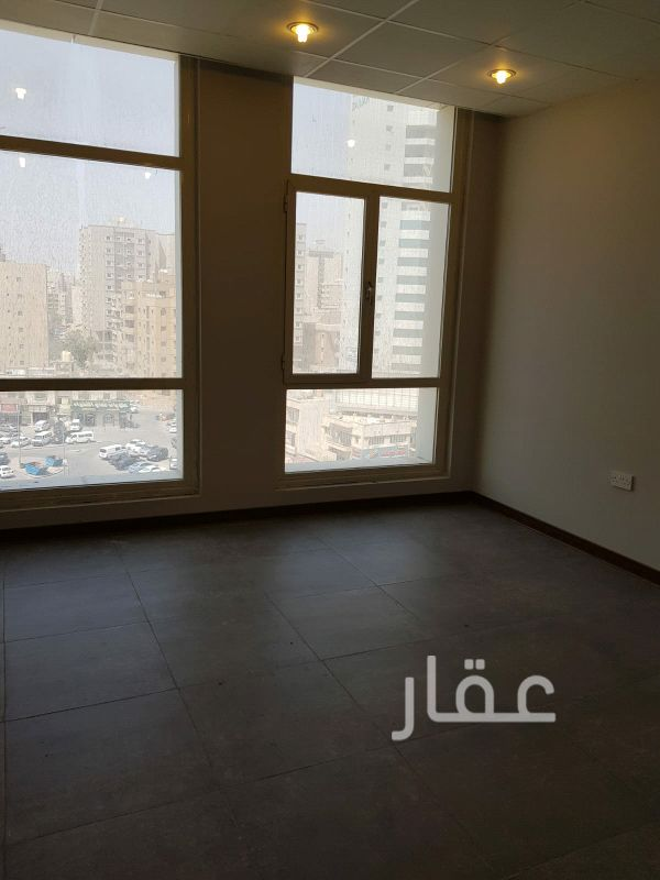 محل للإيجار فى شارع المثنى ، مدينة الكويت 01