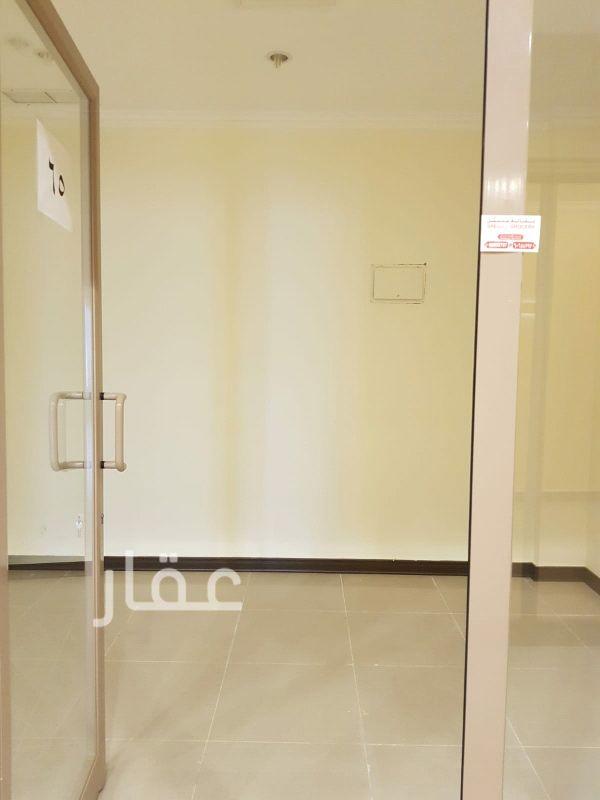 محل للإيجار فى شارع المثنى ، مدينة الكويت 0