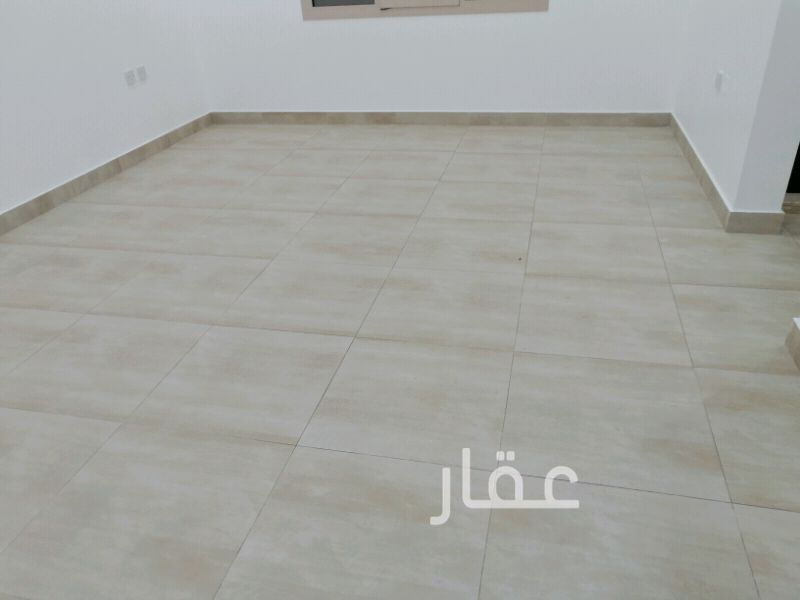 دور للإيجار فى مركز فياصل ، الجابرية 41