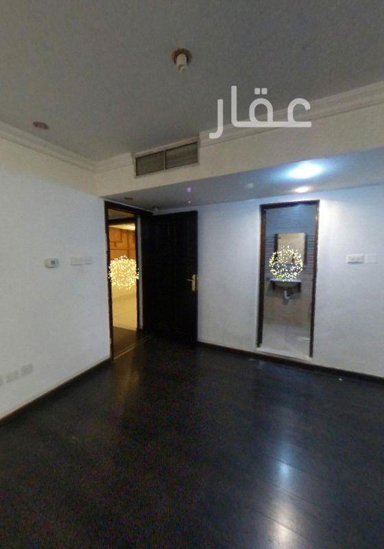 بيت للإيجار فى طريق 4 ، مدينة الكويت 4