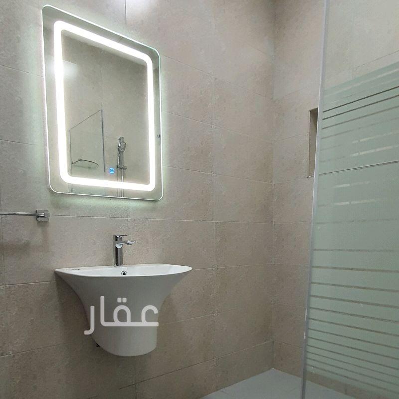 شقة للإيجار فى صباح الأحمد 8