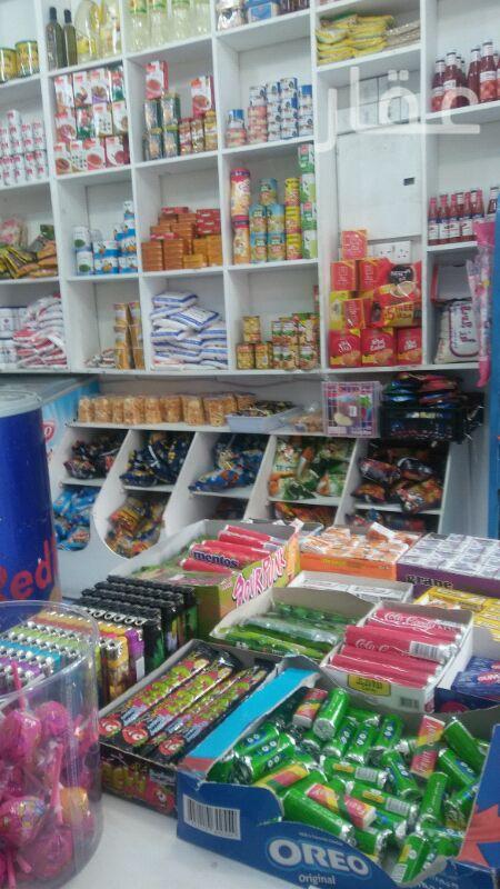 محل للبيع فى مجمع حنان ، شارع عبدالله عبداللطيف العثمان ، حولي 0