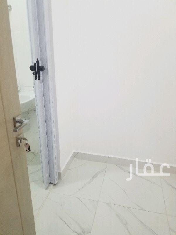 شقة للإيجار فى شارع 1 ، حي اليرموك 10