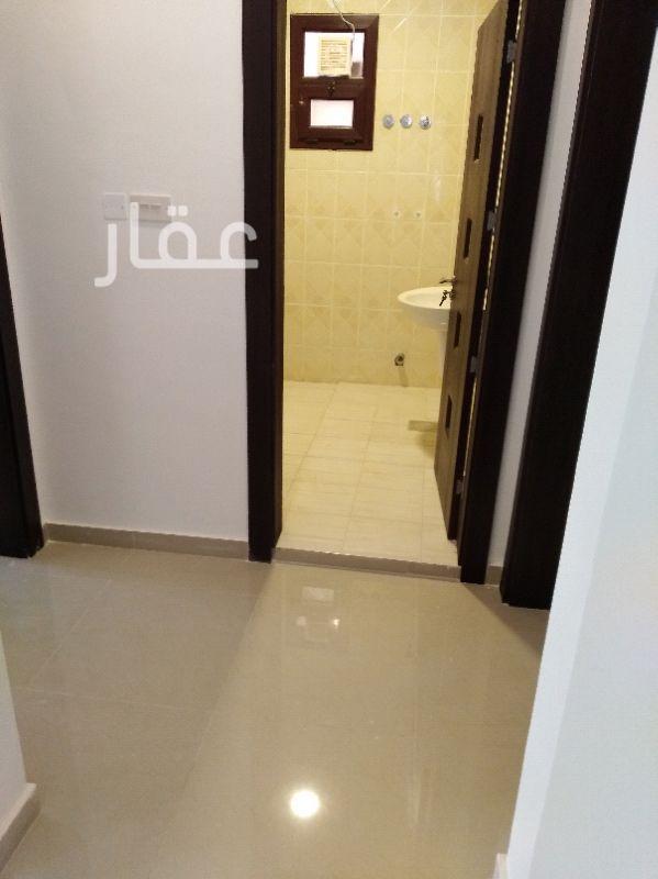 شقة للإيجار فى طريق عبدالعزيز بن عبدالرحمن ال سعود ، جنوب الصباحية ، كويت 0