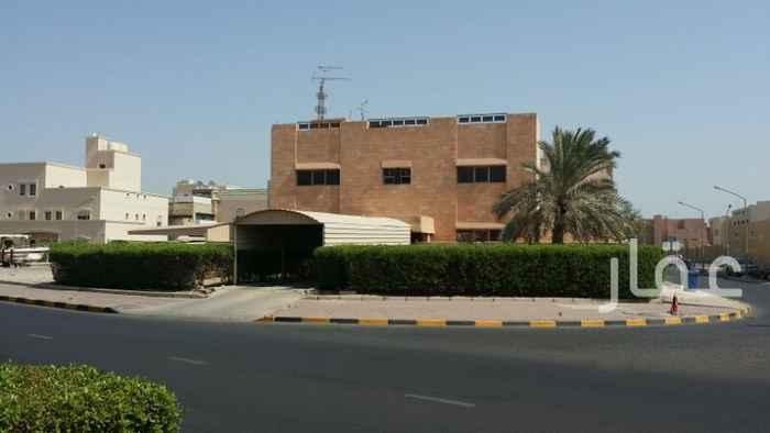 فيلا للبيع فى شارع عبدالله المبارك ، حي قبلة ، مدينة الكويت 01