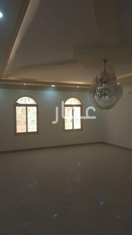 فيلا للبيع فى شارع عبدالله المبارك ، حي قبلة ، مدينة الكويت 2