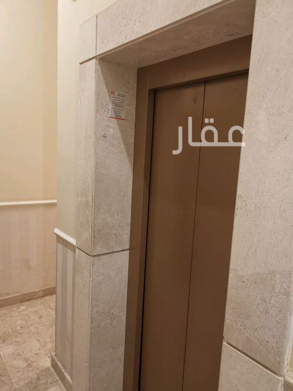 شقة للإيجار فى شارع 1 جادة 1 ، حي مشرف 4