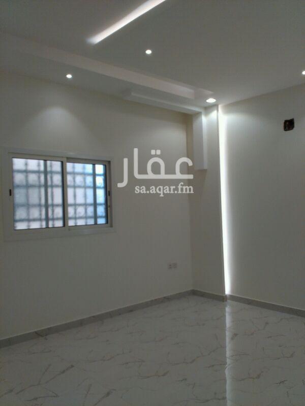 دور للإيجار فى طريق الأمير محمد بن سعد بن عبدالعزيز ، حي الملقا ، الرياض 121