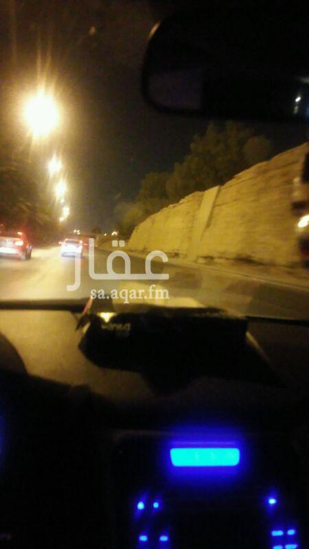 فيلا للإيجار فى شارع الامير فيصل بن سعد بن عبدالرحمن ، حي الورود ، الرياض 0