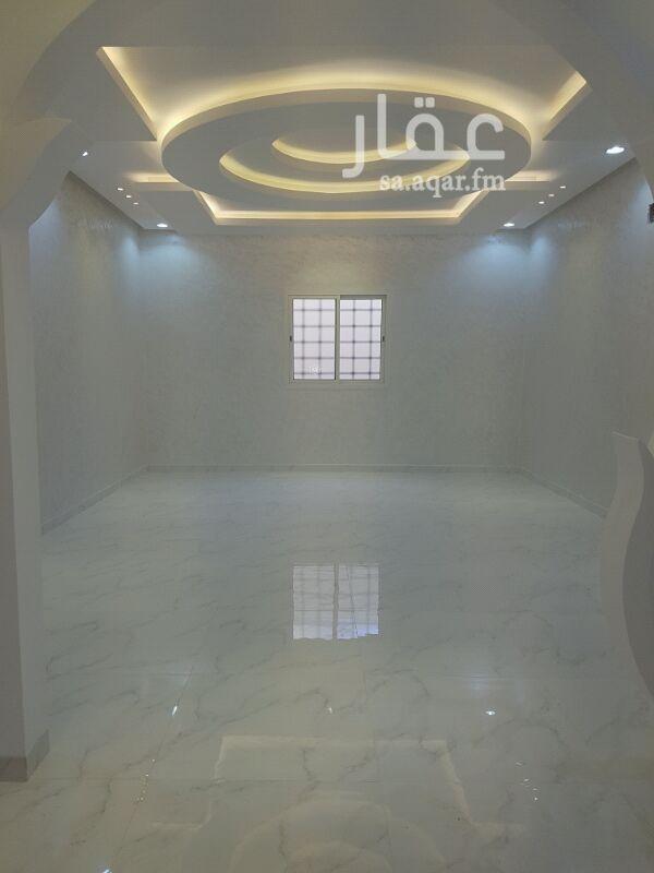 فيلا للبيع فى شارع دباس بن راشد ، حي قرطبة ، الرياض 81