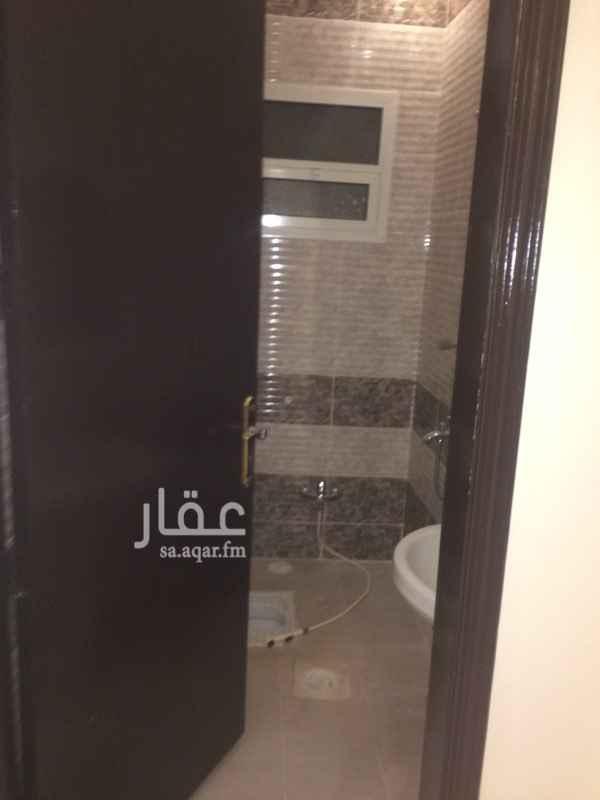 دور للإيجار فى شارع علي البجادي, الرمال, الرياض 61