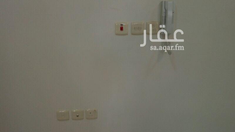 شقة للإيجار فى شارع الصحراوي ، حي الملز ، الرياض 01