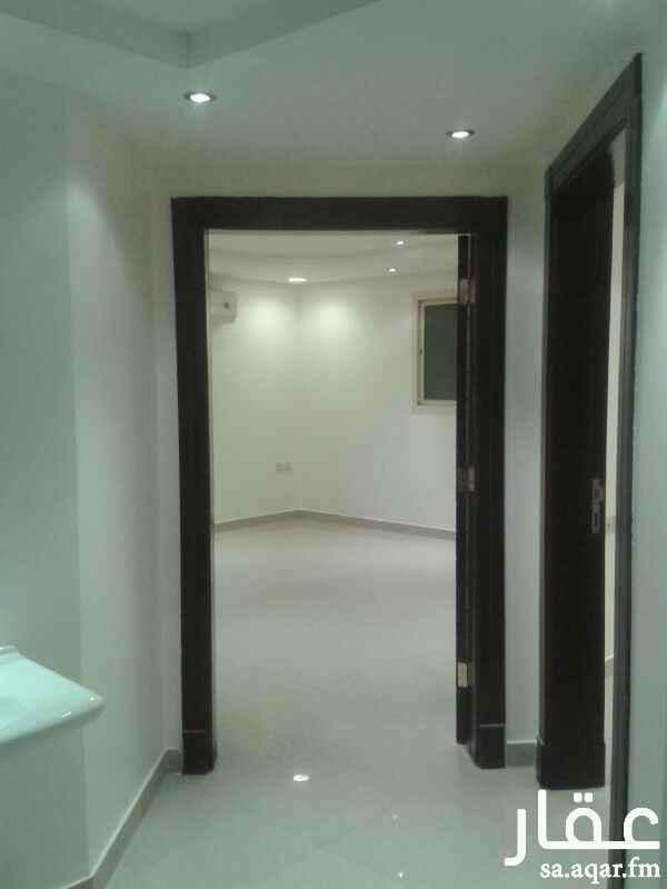 شقة للإيجار فى شارع محمد المقدمي ، حي النفل ، الرياض 4