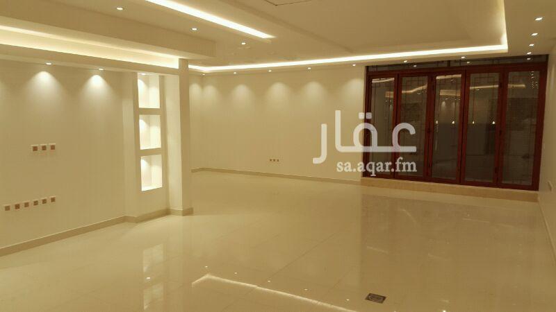 فيلا للإيجار فى شارع القطينه ، حي الندى ، الرياض 12