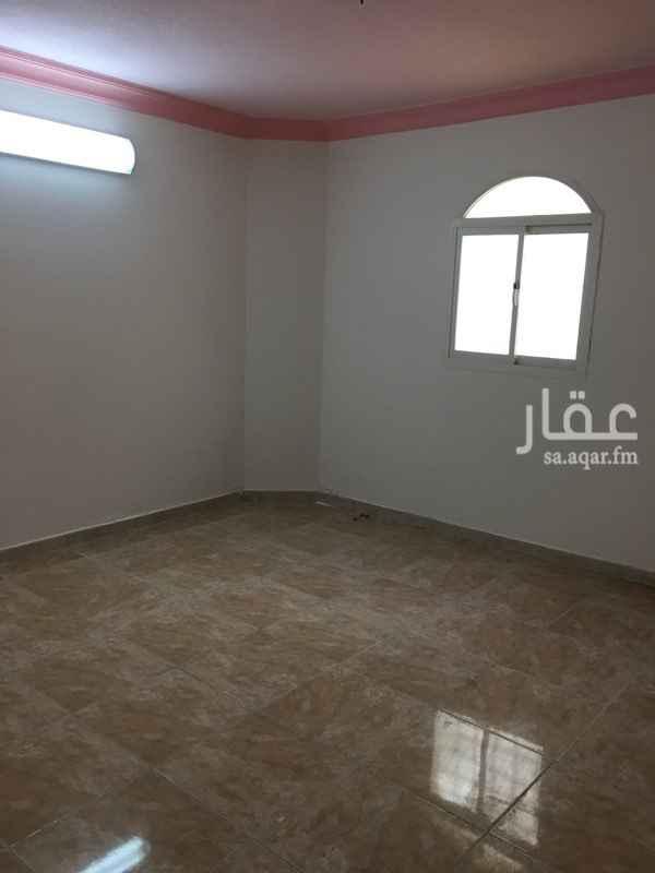 دور للإيجار فى شارع المحاني, الوادي, الرياض 101