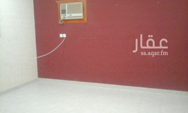 شقة للإيجار فى شارع الحجور ، حي النفل ، الرياض 101