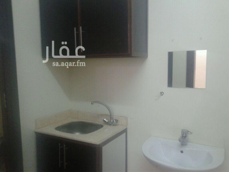 غرفة للإيجار فى شارع وادي البطحاء ، حي الملقا ، الرياض صورة 3