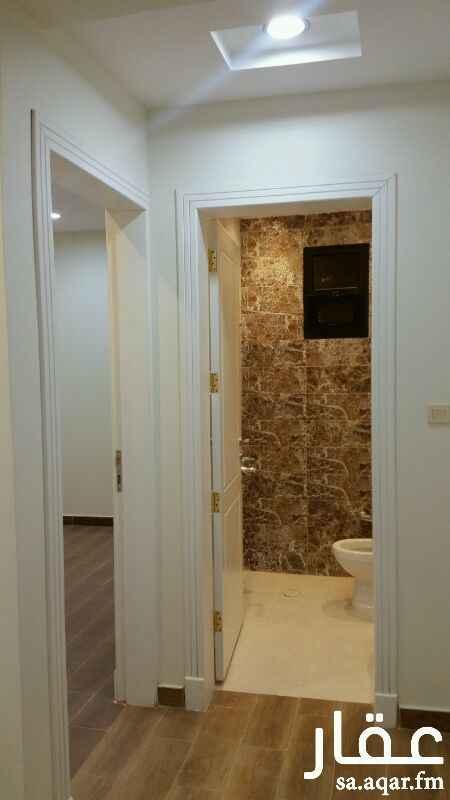 شقة للإيجار فى 8249-8265 ، شارع الاطراف ، حي العقيق ، الرياض 4