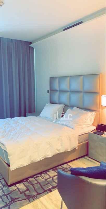 1606827 شقق فاخرة للايجار في العليا  نظام فندقي  برج داماك  غرفة و مطبخ ودورة مياة مفروشة بالكامل بـ 90 الف شهري بـ 12,000 الاف ريال   غرفة وصالة ومطبخ ودورة مياة مفروشة بالكامل بـ 150 الف شهري بـ 20,000 الف ريال  غرفتين وصالة ومطبخ وغرفة خادمة و مستودع و4 دورات مياة بـ 230الف  سنوي شهري بـ 35.الف ريال  جميع الشقق مفروشة اثاث فاخر بأمكان المستاجر التمتع في النادي الرياضي و المسبح  و جميع المرافق مجانا برج داماك مقابل برج المملكة مباشرة للتواصل : 0500040311