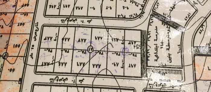 1813574 للبيع قطعه ارض ١٤٠٠م  حي ملقا العجلان  منطقه قصور فاخره  زاويه جنوبيه غربيه شارع ٢٠ و١٥ اطوال ٣٥*٤٠ بيع ٣٨٠٠ صافي ع شور