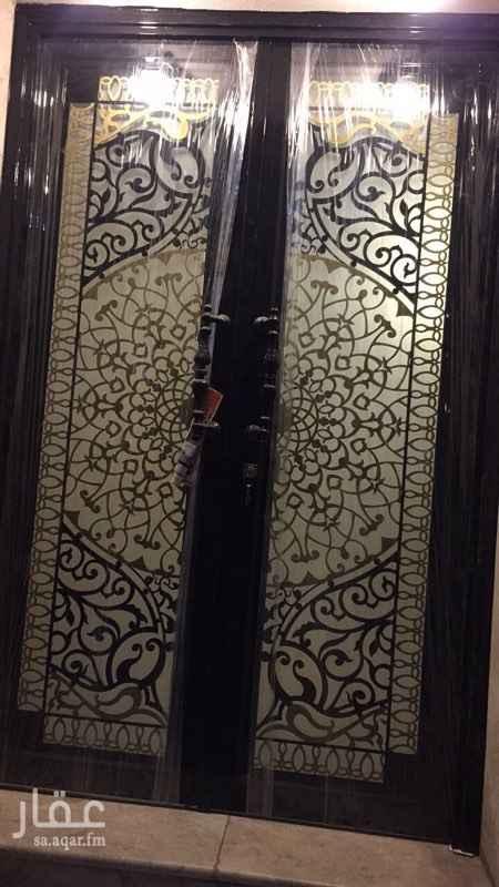 1559576 شفة مكونه من مجلس وصالة وغرفتين نوم ودورتين مياه اجلكم الله ومطبخ بالدور الارضي كذلك يوجد شقة اخرى بنفس العمارة بالدور الاول