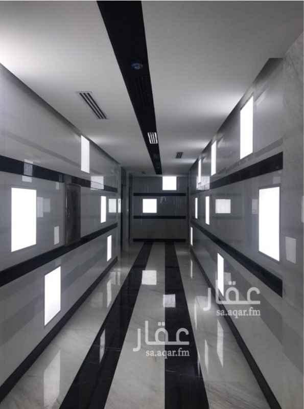 877814 مكاتب للايجار بمساحات مختلفه ابتداء من ٦٠م وحتى ٩٩  التشطيبات فاخره ويوجد كاميرات وحراسه على المبنى    للاستفسار  920010529