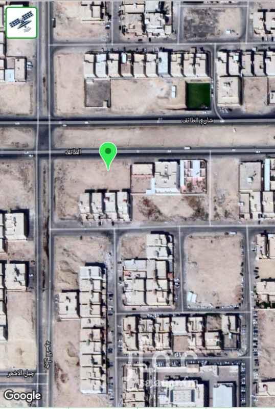 1331472 الاتصال من الساعة  5مساءا الى الساعة 8 مساءا فقط   أرض ١٢٠٠ م على شارع الطائف عرض ٦٠م للأيجار طويل الأمد. ٣٠ م عرض و٤٠ م عمق.