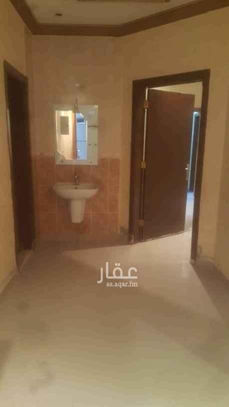 1684925 شقه علويه ٣ غرف وصاله يوجد مصعد