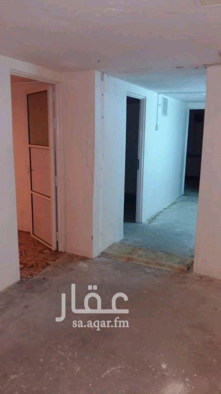 1039393 بدروم مهيئ ليكون سكن مكون من 8 غرف وصاله سكن عزاب شركات بدورات مياه ومطبخ