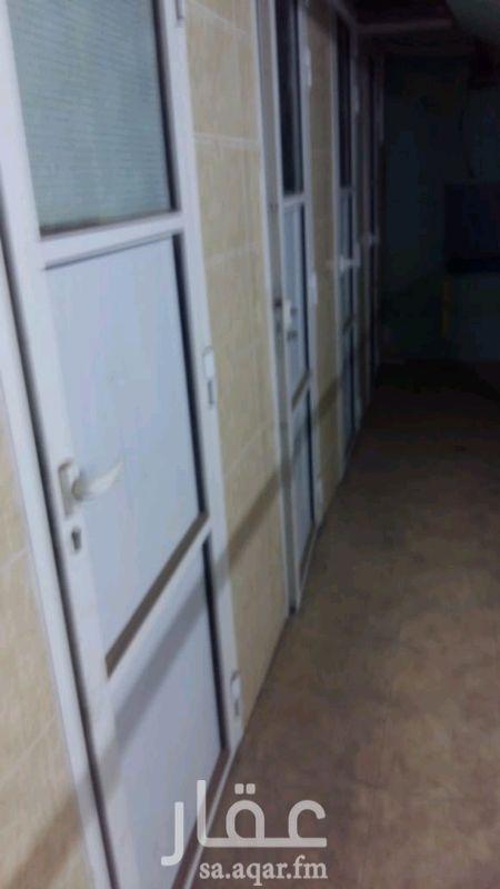 809235 غرف في البدروم للإيجار بحمام مشترك