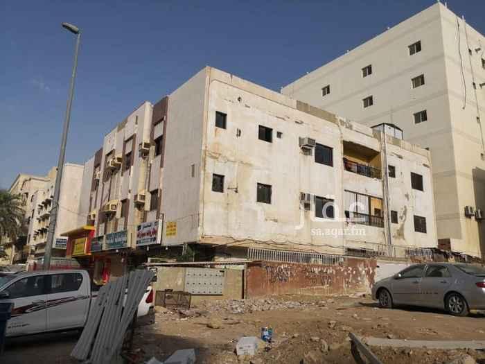 1591560 غرف كبيرة بمنطقة حيويه شارع تجاري تصلح لعمال