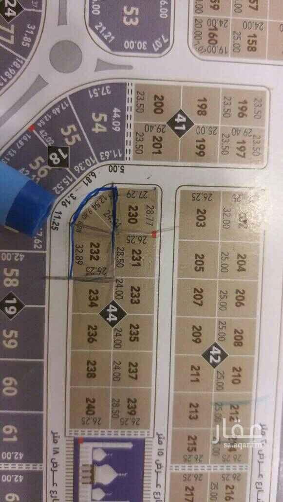 1467750 للبيع أرض في حي القيروان قيت مساحة 1277م جنوبي شارع 18  غربي شارع 18  الاطول كم هي موضح في الصورة مباشرة من المالك