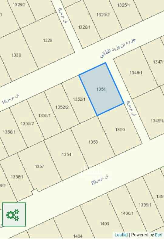 1715747 للبيع أرض في حي الجوهرة القيروان   مساحة ٦٠٠م عليها فسح ومعها مخطط معماري   شارعين ١٥ شمالي و٦ ممر شرقي  حد ب٢٣٠٠ غير الضريبه