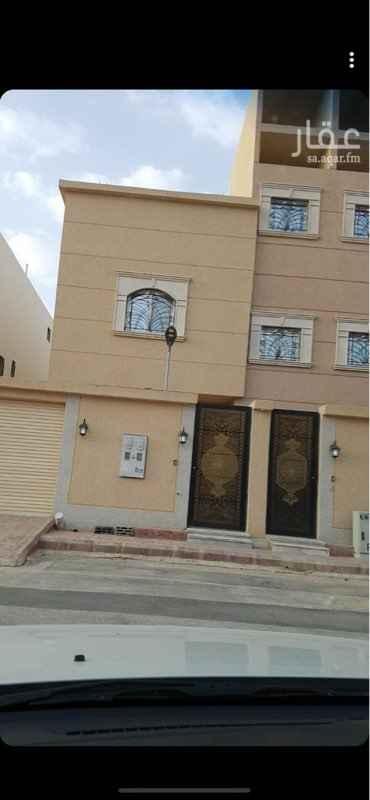 1677012 شقة للايجار في حي العوالي .. ٣ غرف وصالة ودورتين مياه ومطبخ .. المكيفات اسبلت .. و الشقة جديدة .. مع سطح مستقل ومدخل خاص ..  للتواصل / 0500141485 0508249524