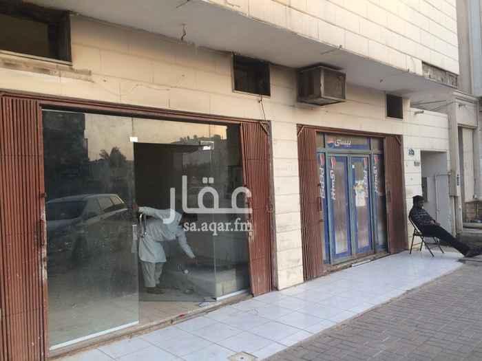 1734839 فتحتين للاجار ع نفس طريق محمد بن احمد السديري مقابل لفوالي في نفس مبنى مطبخ النهضة عداد مستقل
