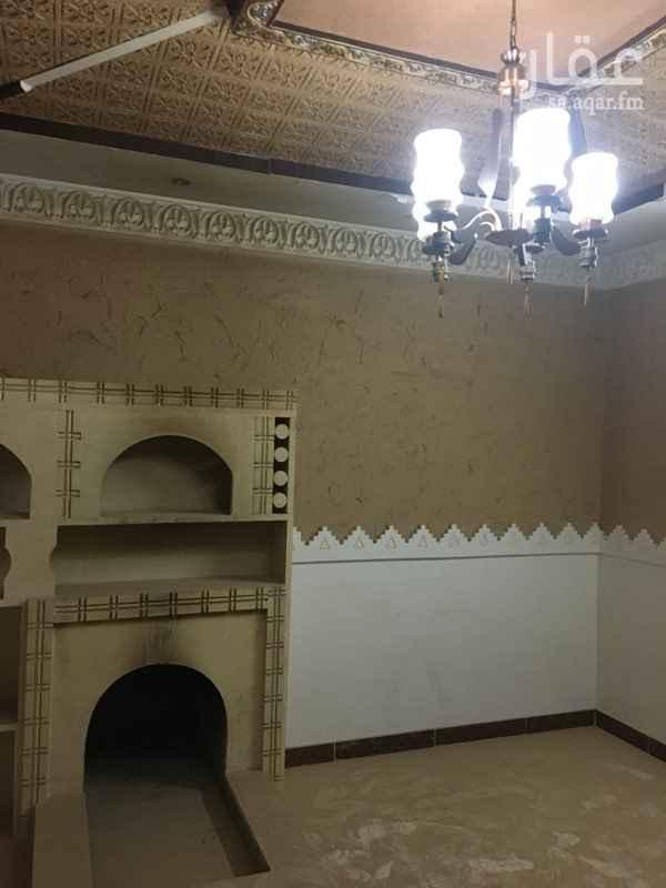 1507603 ٦ غرف وصاله ومطبخ ٤ دورات مياه بالرمال الذهبي