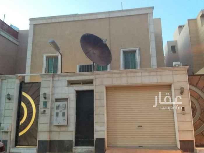 1410084 دور علوي للايجار حي الياسمين  يتكون من  ٣ غرف نوم ومجلس وصاله  و٤ حمامات  ومطبخ ومكيفات راكب   ومدخل سياره  0533969165