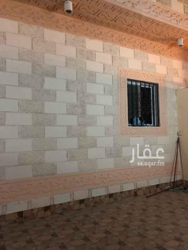 1558542 شقة حي الياقوت مدخل خاص وحوش خارجي و اربع غرف وصالة دفعات مرنة