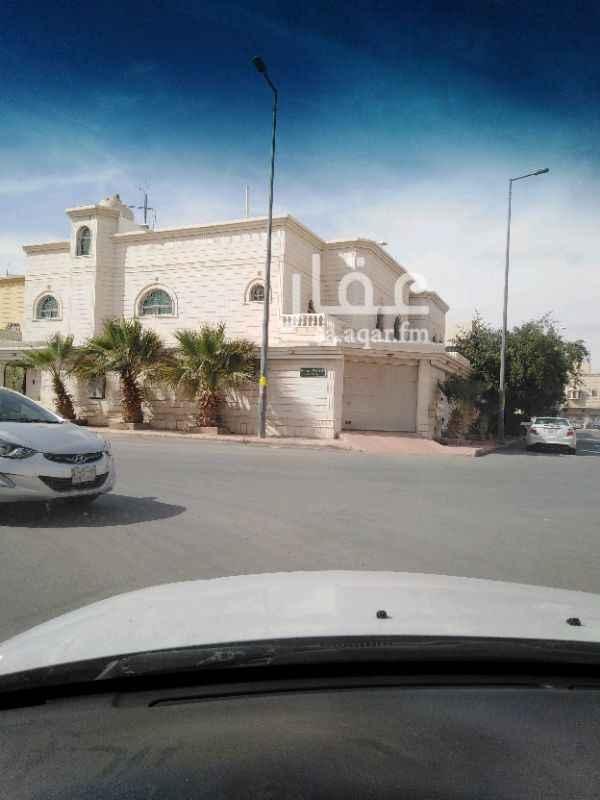 1344782 للبيع فيلا زاويه حي الملك فيصل درج داخلي ٢٠ شرقي ١٥ شمالي