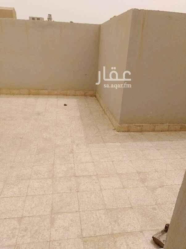 1509867 شقه للايجار في فله حي الياسمين 3 غرف وصاله وحمامين مطبخ ومكيفات راكبه نظيفه يوجد بها سطح خاص