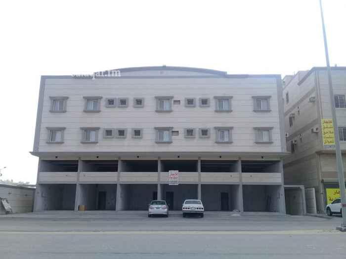 1336940 🌟للإجار 🌟   ٦ معارض بالسمحانية على شارع الامام محمد بن عبدالوهاب  مساحة المعرض الواحد ٦٥ م مع الميزانين