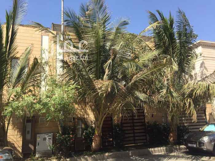 1427456 تقع هذه الفيلا في منطقة راقية وسكنية بنيت على قطعة أرض مساحتها 312م ومساحة بناء 430م مربع  تم بناءها من مواد ذات جودة عالية