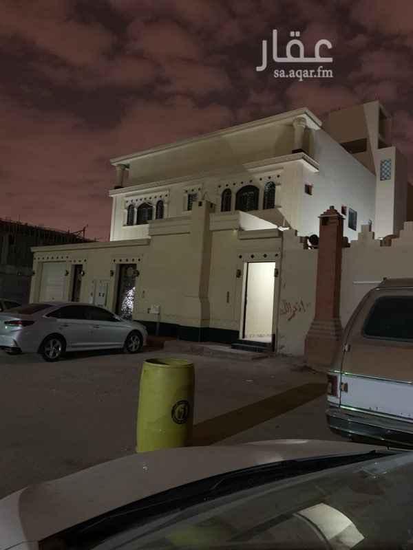1291573 شقه شبه جديده استخدام شهرين اربع غرف خلف محطة الغامدي مقابل جامع العوالي