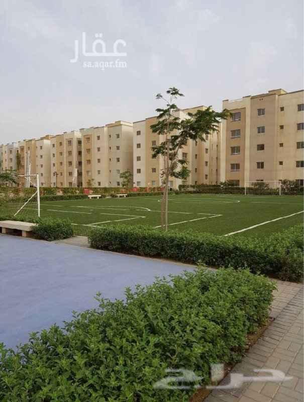 1684861 شقة في مدينة الملك عبدالله الاقتصادية  حي الشروق الشقة جديدة في الطابق العلوي الخدمات في المبني: مواقف - نظام أمني لكامل الحي الشقة مكونة من  -غرفتين نوم  -غرفة معيشة  -دورتين مياه  -المكيفات و المطبخ جاهزين مساحة الشقه 96 م2 السعر ٤٢٠.٠٠٠ ريال