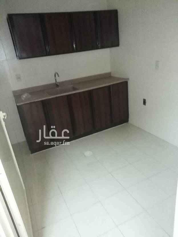 1747737 شقة داخليه غرفتين وصاله دورتين مياه نظيفة العماره فيها مصعد