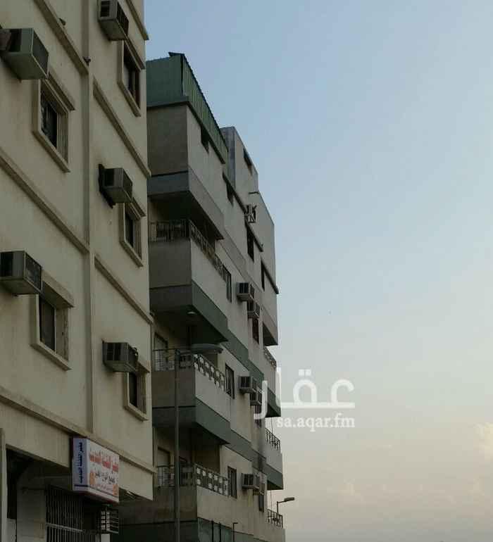 1290827 عمارة مكونة من ثلاث أدوار كل دور شقتين كل شقة أربعة غرف وحمامين ومطبخ ومكيفة بلكامل