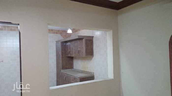 1426837 شقة دور اول غرفتين وصاله ودورة مياه ومطبخ جاهز للاستخدام .. عائلات  الايجار دفعة واحدة او دفعتين