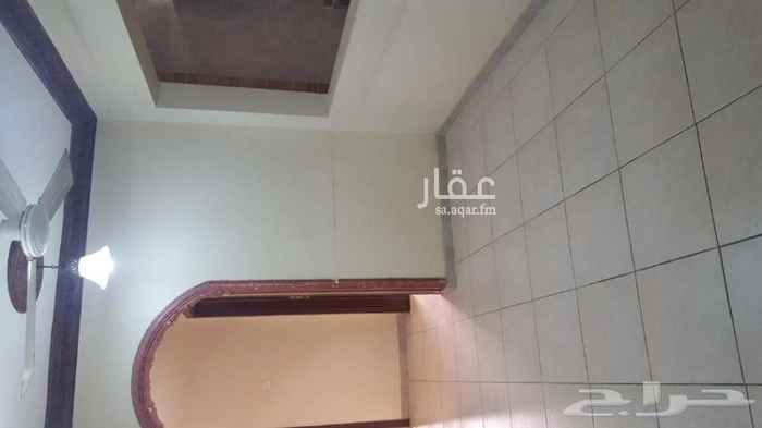 1586242 Apartments For Rent in Al Nahdha neighborhood of Riyadh for Philippine nationality  Apartment on the first floor 3 rooms 1 lounge Two courses of water Kitchen Al Nahdah neighborhood on the same road Prince Bandar bin Abdulaziz   For communication 0500682215  * Interface: Northwest * Price: SR 16000 / yr. * A ready kitchen is available  * 3 rooms. * 1 Lounge. * 2 toilets    Apartments are also available in Al Rawabi neighborhood